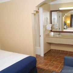 Отель Hollywood Inn Express South США, Лос-Анджелес - отзывы, цены и фото номеров - забронировать отель Hollywood Inn Express South онлайн комната для гостей
