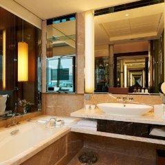 The Fullerton Bay Hotel Singapore ванная фото 2