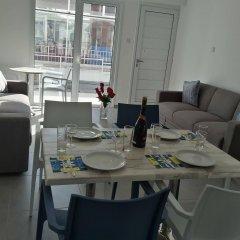 Kaos Hotel Apartments комната для гостей