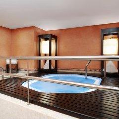 Отель Sheraton Casablanca Hotel & Towers Марокко, Касабланка - отзывы, цены и фото номеров - забронировать отель Sheraton Casablanca Hotel & Towers онлайн бассейн фото 3