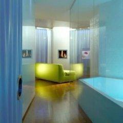 i-Suite Hotel комната для гостей
