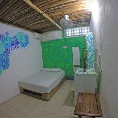 Отель Hostel Playa by The Spot Мексика, Плая-дель-Кармен - отзывы, цены и фото номеров - забронировать отель Hostel Playa by The Spot онлайн ванная фото 2