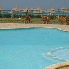 Отель Divers Lodge бассейн фото 2