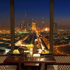 Отель Park Regis Kris Kin Hotel ОАЭ, Дубай - 10 отзывов об отеле, цены и фото номеров - забронировать отель Park Regis Kris Kin Hotel онлайн балкон