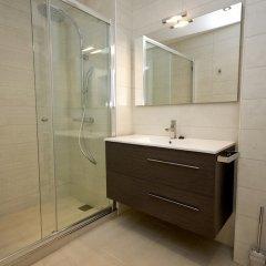 Отель InmoSantos Oasis E3 Испания, Курорт Росес - отзывы, цены и фото номеров - забронировать отель InmoSantos Oasis E3 онлайн ванная