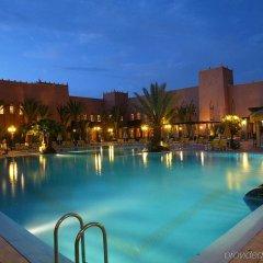 Отель Le Berbere Palace Марокко, Уарзазат - отзывы, цены и фото номеров - забронировать отель Le Berbere Palace онлайн бассейн