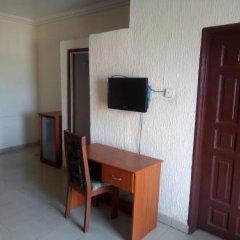 Отель Esre Blues Hotel Нигерия, Калабар - отзывы, цены и фото номеров - забронировать отель Esre Blues Hotel онлайн удобства в номере фото 2