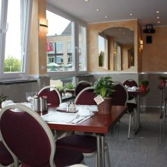 Hotel Römerhafen гостиничный бар