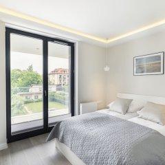 Апартаменты Luxury Apartments - Okrzei Residence Сопот комната для гостей фото 2
