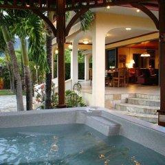 Отель Villa Oramarama - Moorea Французская Полинезия, Папеэте - отзывы, цены и фото номеров - забронировать отель Villa Oramarama - Moorea онлайн бассейн