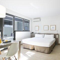 Отель Aparthotel Bcn Montjuic Барселона комната для гостей
