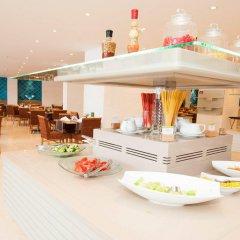 Holiday Inn Istanbul City Турция, Стамбул - отзывы, цены и фото номеров - забронировать отель Holiday Inn Istanbul City онлайн питание фото 2