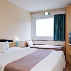 Отель Ibis Palacio De Congresos комната для гостей