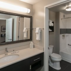 Отель Staybridge Suites Saskatoon - University ванная