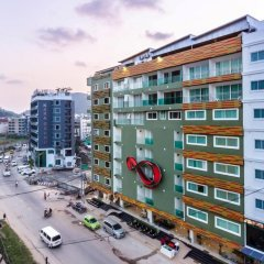 Tuana Patong Holiday Hotel балкон