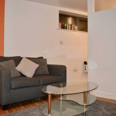 Апартаменты Cosy 1 Bedroom Apartment in Manchester City Centre комната для гостей фото 2