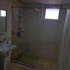 Отель Cross Apartments and Tours Армения, Ереван - отзывы, цены и фото номеров - забронировать отель Cross Apartments and Tours онлайн ванная