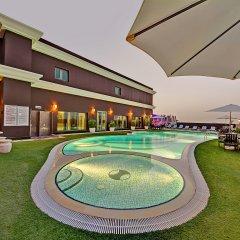 Отель Royal Ascot Hotel ОАЭ, Дубай - отзывы, цены и фото номеров - забронировать отель Royal Ascot Hotel онлайн бассейн