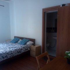 Отель Guest House Esha сейф в номере