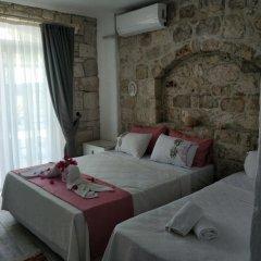 Отель Alacati Asmali Konak Otel Чешме комната для гостей фото 5