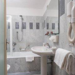 Отель Palazzo dal Borgo Италия, Флоренция - 1 отзыв об отеле, цены и фото номеров - забронировать отель Palazzo dal Borgo онлайн ванная