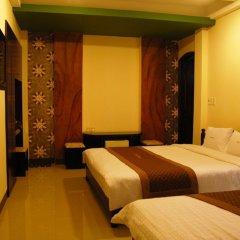 DMZ Hotel сейф в номере