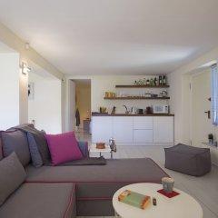 Апартаменты Posh & minimal studio комната для гостей фото 3