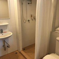 Отель Urban House Бангкок ванная фото 2