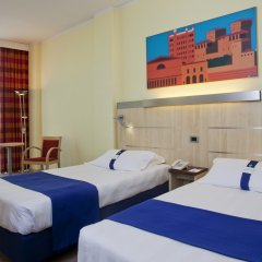 Отель Holiday Inn Express Parma Парма комната для гостей фото 3