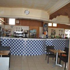 Отель Residence Ben Sedrine Тунис, Мидун - отзывы, цены и фото номеров - забронировать отель Residence Ben Sedrine онлайн гостиничный бар