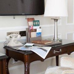 Гостиница Эрмитаж - Официальная Гостиница Государственного Музея 5* Стандартный номер двуспальная кровать фото 3