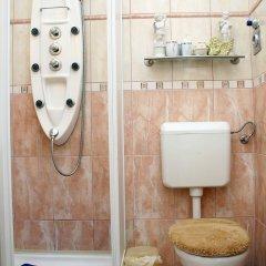 Отель Jozsef Korut Apartment Венгрия, Будапешт - отзывы, цены и фото номеров - забронировать отель Jozsef Korut Apartment онлайн ванная фото 2