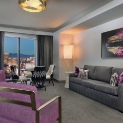 Отель The Cosmopolitan of Las Vegas комната для гостей фото 8