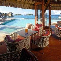 Отель Sofitel Bora Bora Marara Beach Resort Французская Полинезия, Бора-Бора - отзывы, цены и фото номеров - забронировать отель Sofitel Bora Bora Marara Beach Resort онлайн бассейн фото 2