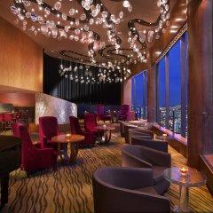 Отель Swissotel The Stamford гостиничный бар