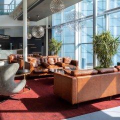 Radisson Blu Hotel London Stansted Airport интерьер отеля фото 2