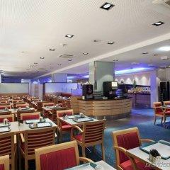 Отель Holiday Inn Express Geneva Airport питание