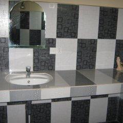 Отель Modern City Inn ванная