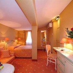 Отель Ambassador Tre Rose Италия, Венеция - 2 отзыва об отеле, цены и фото номеров - забронировать отель Ambassador Tre Rose онлайн в номере