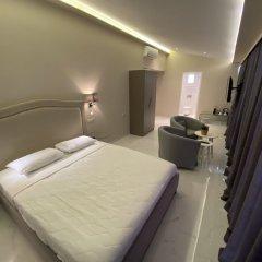 Отель 24K Athena Suites Афины сейф в номере