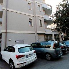 Hotel Sovrana & Re Aqva SPA парковка
