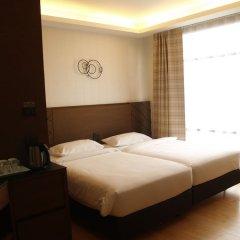 Отель Marvin Suites Бангкок комната для гостей фото 5