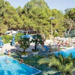 Отель Camping Villaggio Santa Maria Di Leuca Гальяно дель Капо бассейн