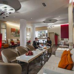 Отель Ramada Plaza Milano гостиничный бар