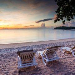 Отель Nora Beach Resort & Spa пляж