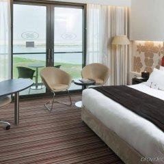 Отель Crowne Plaza Abu Dhabi Yas Island комната для гостей фото 3