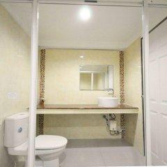 Отель Bann Sabai Rama Iv Бангкок ванная