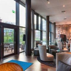Отель Motel One Wien-Hauptbahnhof Австрия, Вена - 2 отзыва об отеле, цены и фото номеров - забронировать отель Motel One Wien-Hauptbahnhof онлайн интерьер отеля фото 2