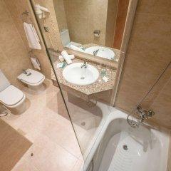 Отель California Palace ванная фото 2
