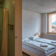 Отель Youth Hostel Gstaad Saanenland Швейцария, Гштад - отзывы, цены и фото номеров - забронировать отель Youth Hostel Gstaad Saanenland онлайн комната для гостей фото 4